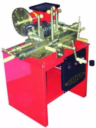 Станок для рихтовки железных штампованых дисков